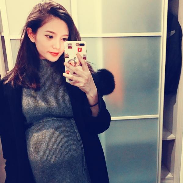 怀孕36周啦,再爆孕照,展现母性美,不喜勿喷!贪玩孕妈支持荒野行动,等你一起玩!
