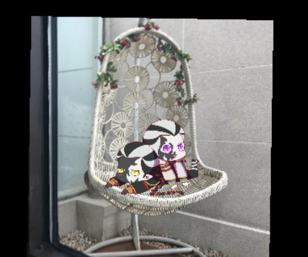 主题:椅子上的小黑白昵称:盛雪泡芙
