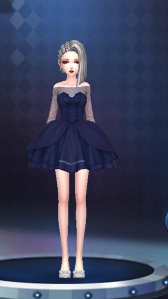 嘿,宝蓝色裙子也好看哟^_^